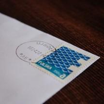 英語で「コンビニで切手を売る」シンプル英会話表現【音声つき】