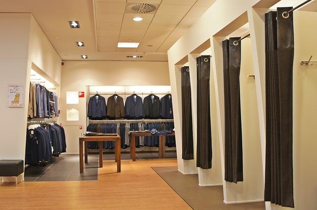 clothing-650370_640