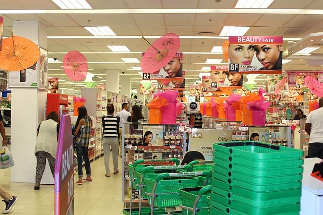 drugstore-679851_640
