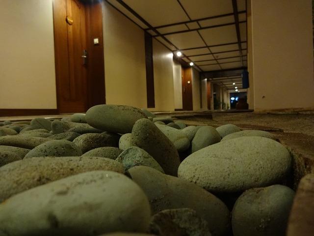 hotel-986154_640