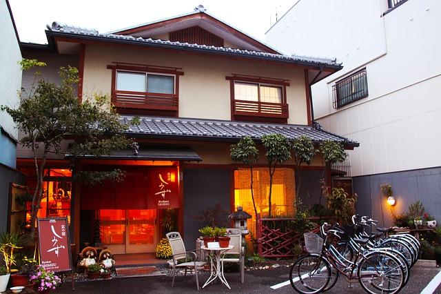 ryokan-249560_640