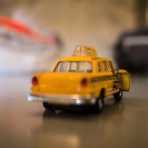 海外タクシー利用に最低限必要な料金確認の英会話フレーズ