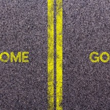 英語の「come」と「go」の違いと使い分け方のコツ