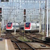 急行、快速、通勤特急を英語でなんて言う?英語で表す電車の種別