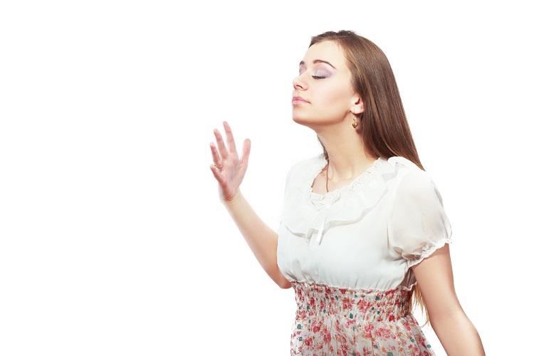 英語で「香り・匂い・臭気」を意味する表現の違いと使い分け方