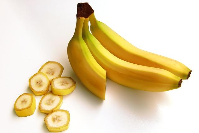 bananas-652497_640