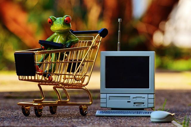 online-shopping-1082733_640