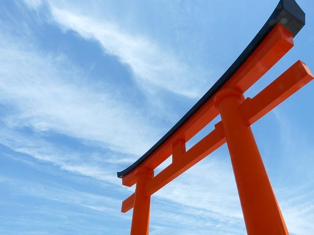 torii-363637_640