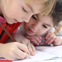 英会話の上達のカギは「読む・聞く・話す・書く」の総合的学習