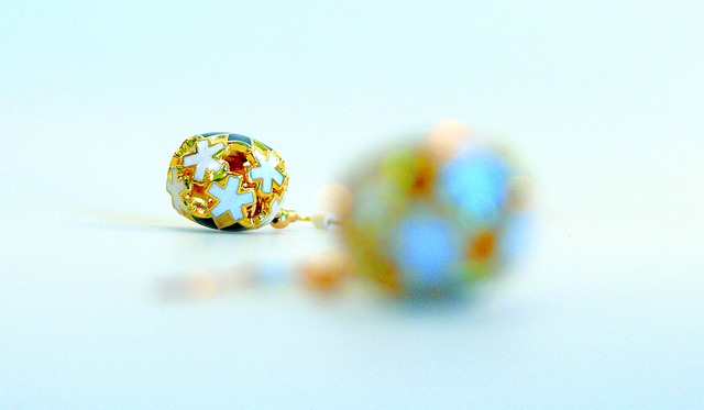 jewellery-743480_640