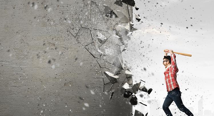英語で「壊す・破壊する」を表現する動詞の種類と使い分け方
