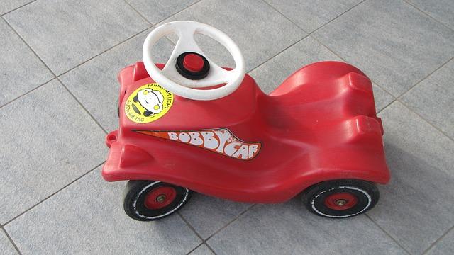 bobby-car-338852_640