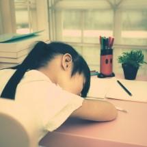 「居眠り」を英語で表現するユニークな言い方6パターン