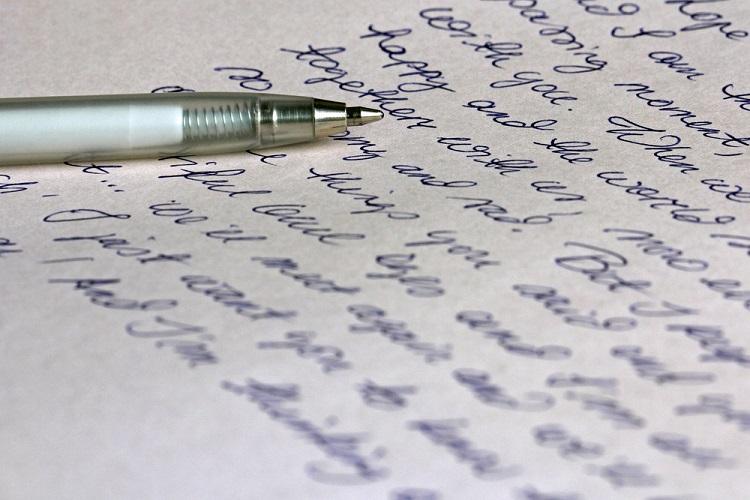 英語の「筆記体」の実際の使い所と練習方法