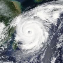 「台風3号」「台風21号」は英語でどう言う?